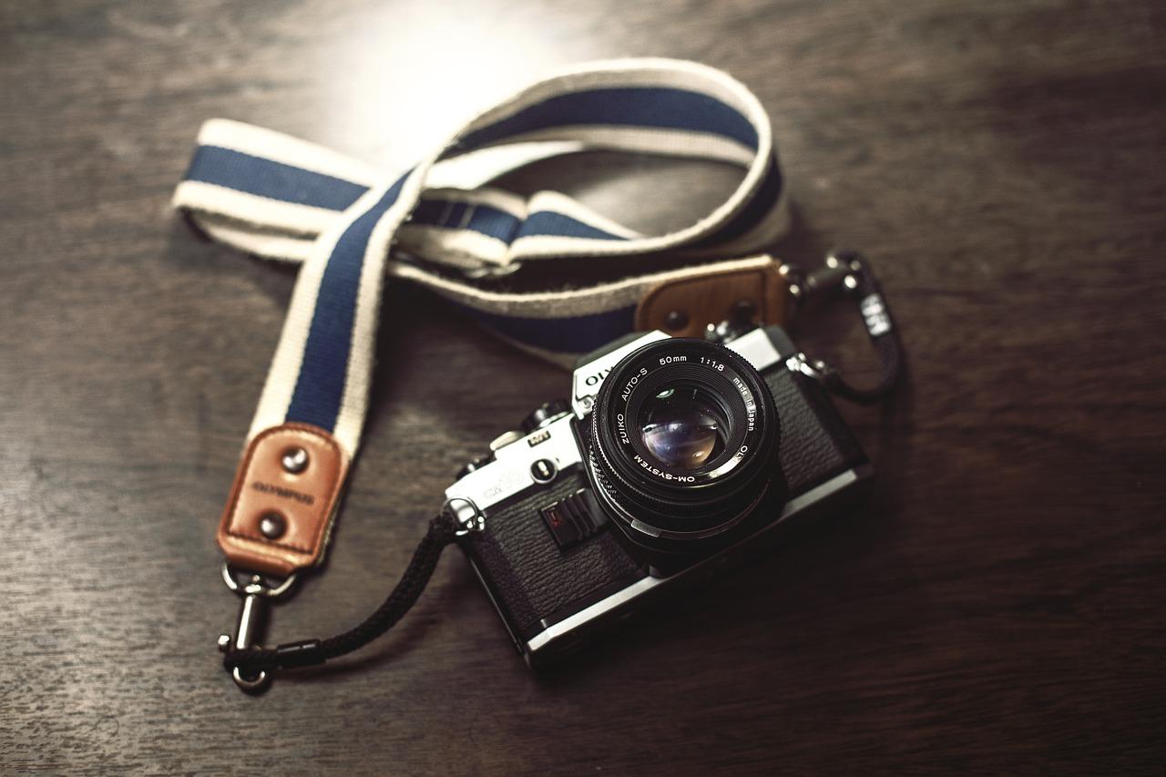 Nowy bezlusterkowiec Olympusa dla zaawansowanych fotografów