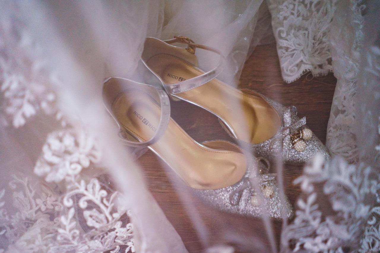 Buty, które pokocha każda Panna Młoda! Jak wybrać te idealne?