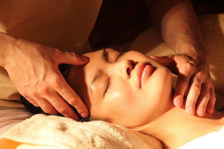 Jak obudzić swoją skórę z zimowego snu? – specjaliści medycyny estetycznej radzą