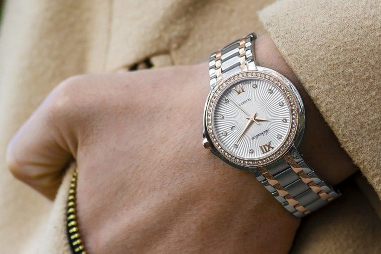 Mniej, czyli więcej. Najlepsze zegarki dla fanów minimalizmu
