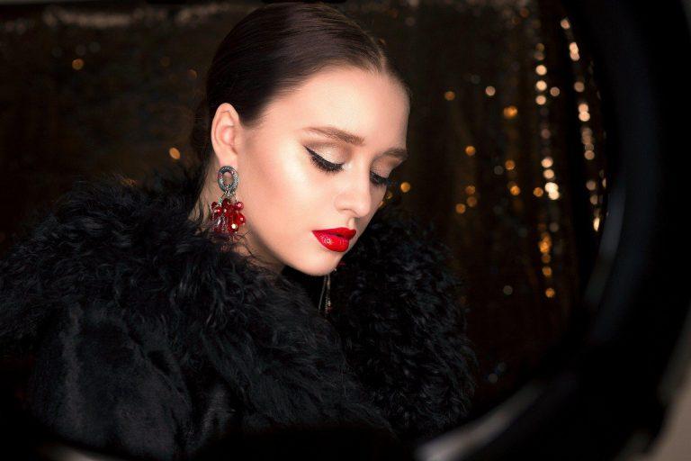 Makijaż ust: trendy uroda 2020