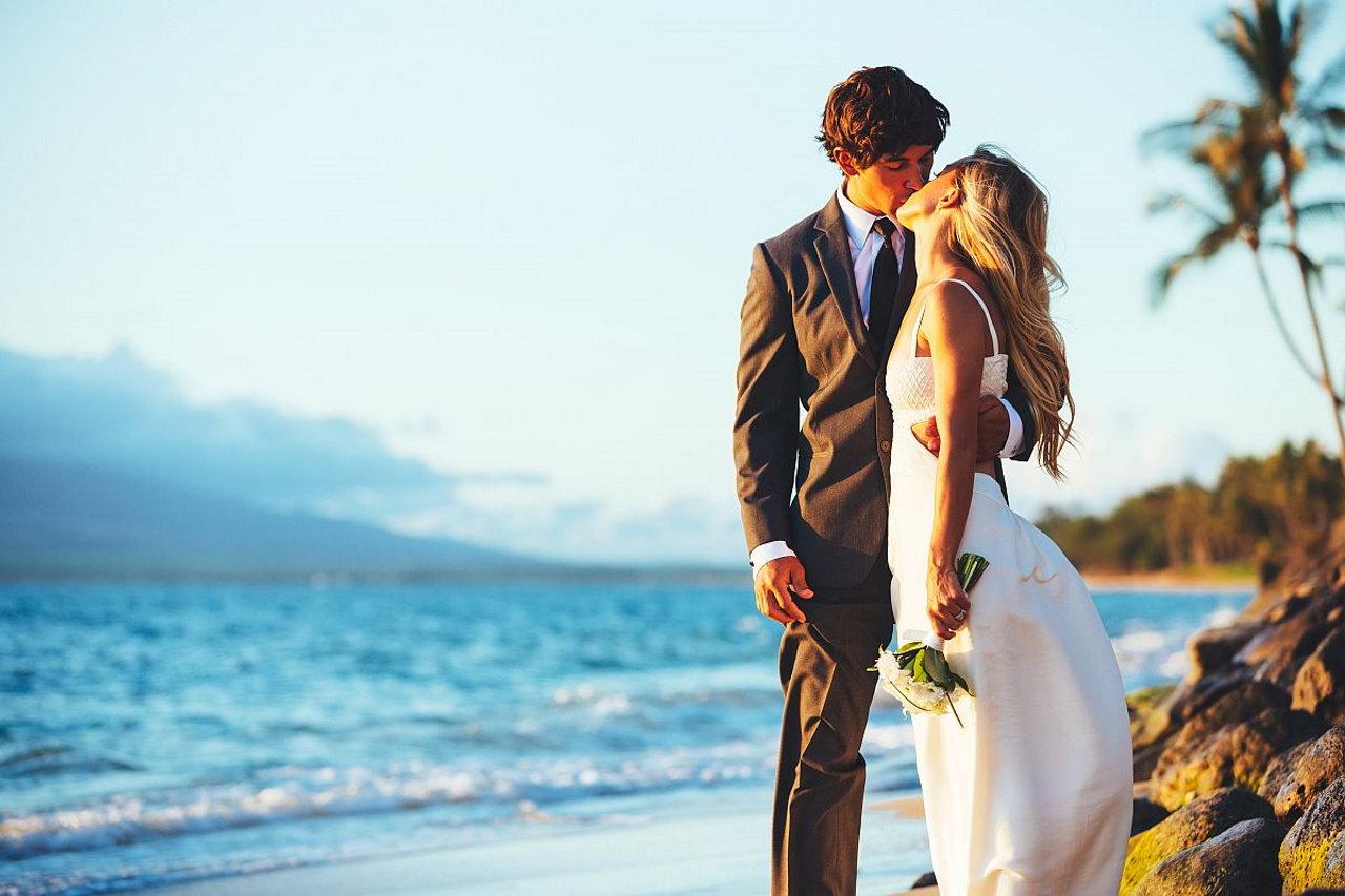 Sukienki ślubne – co warto o nich wiedzieć?